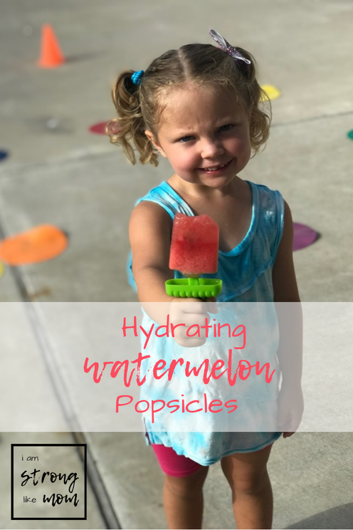 Hydrating Watermelon Popsicles - via i am STRONG like MOM - summer recipe for kids or runners!
